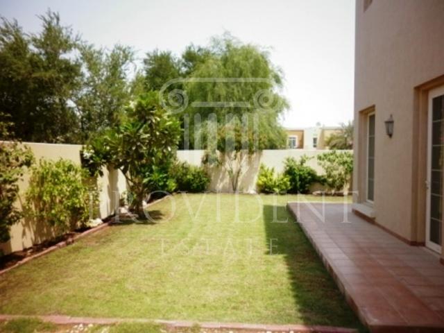 Garden image 3 - Mirador, Arabian Ranches