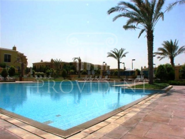 Shared pool - Palmera 4 villa, Arabian Ranches