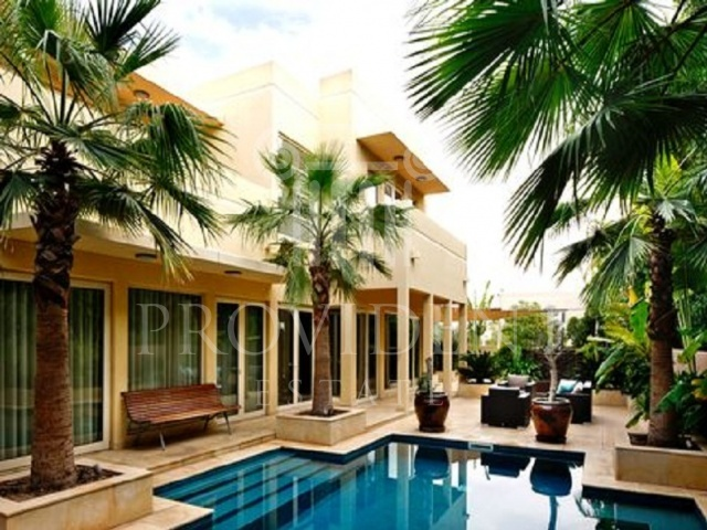 Swimming Pool - Casa_Arabian Ranches