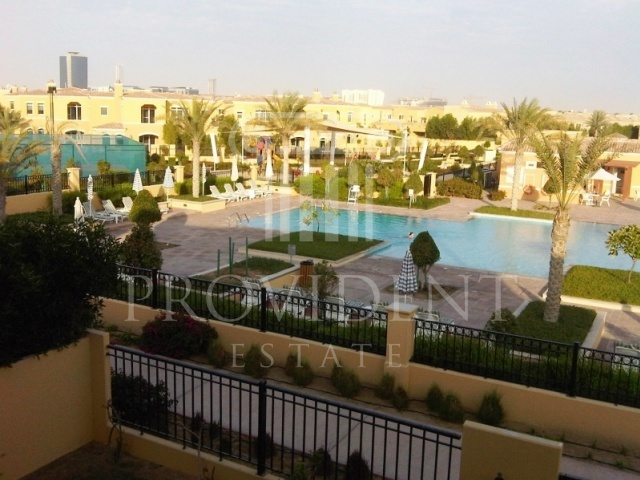 Shared pool - Palmera 4, Arabian Ranches